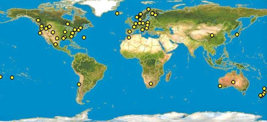 Рис. 2. <b>Распространение белой гнили</b> на различных сельскохозяйственных культурах в мире. Склеротиниоз встречается на всех континентах, он присутствует даже на островах находящихся в океане и поражает широкий диапазон растений. Наибольший вред наносит рапсу, сое и подсолнечнику в тех странах, где севообороты насыщенны данными культурами (по данным discoverlife.org)