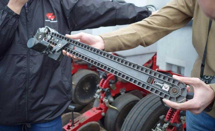 Система швидкісного посіву SpeedTube дозволяє проводити сівбу на швидкості до 19 км/год
